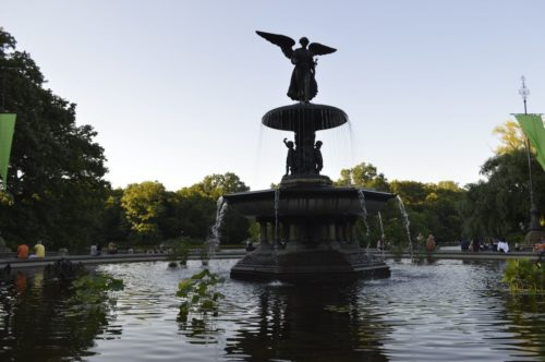 öffentlicher Springbrunnen